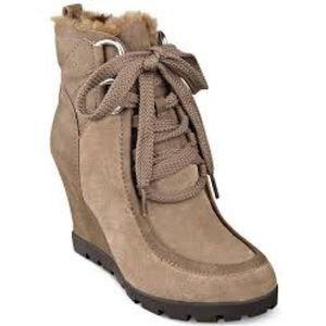 Guess Camel Suede Wedge Lanni Boots Booties Sz 8.5